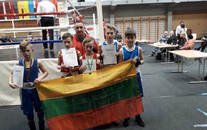 Telšių boksininkai iš Latvijos grįžo su apdovanojimais